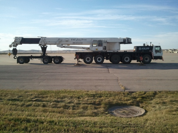 picture of 175 Ton B&B Crane Service, Inc. crane